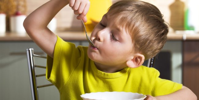 Micul dejun potrivit pentru copiii care suferă de ADHD