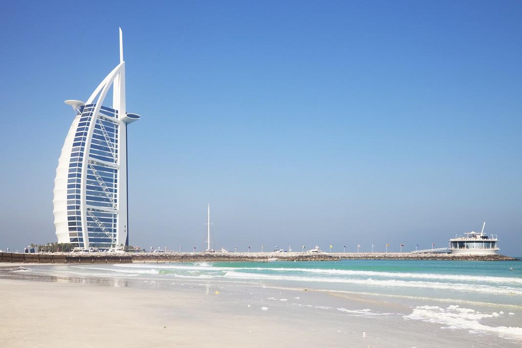 Dubai_ Burj-Al-Arab_Hotel