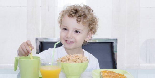 Beneficiile micului dejun pentru copii