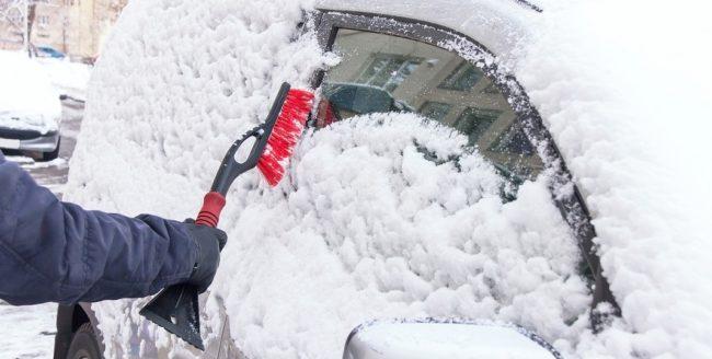 Cum să-ți protejezi mașina pe timp de iarnă
