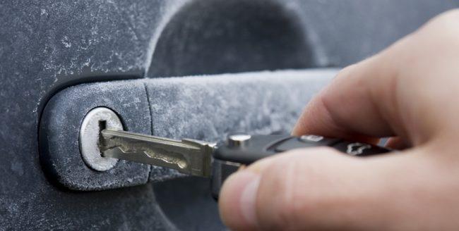 Ce trebuie făcut ca mașina să pornească ușor în diminețile de iarnă