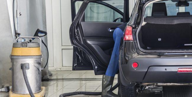 Cum ne menținem mașina curată