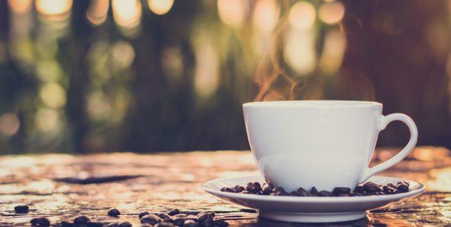 Cafeaua reduce riscul de suicid