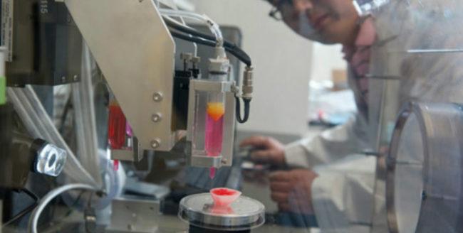 A fost creată imprimanta 3D care printează ţesuturi umane