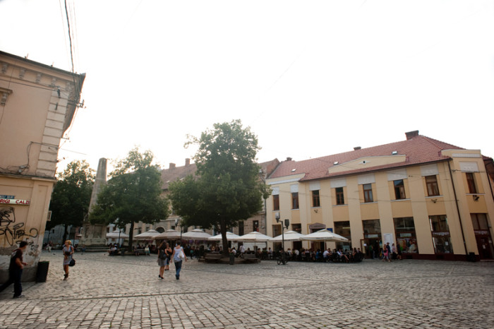 Piata-Muzeului-Cluj-Napoca-1-700x466