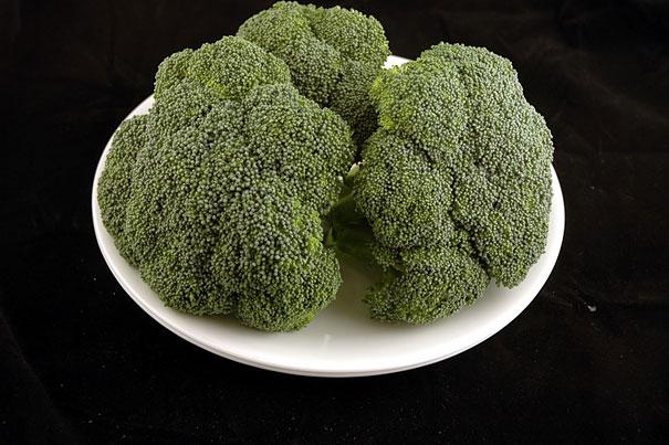 200 calorii brocoli