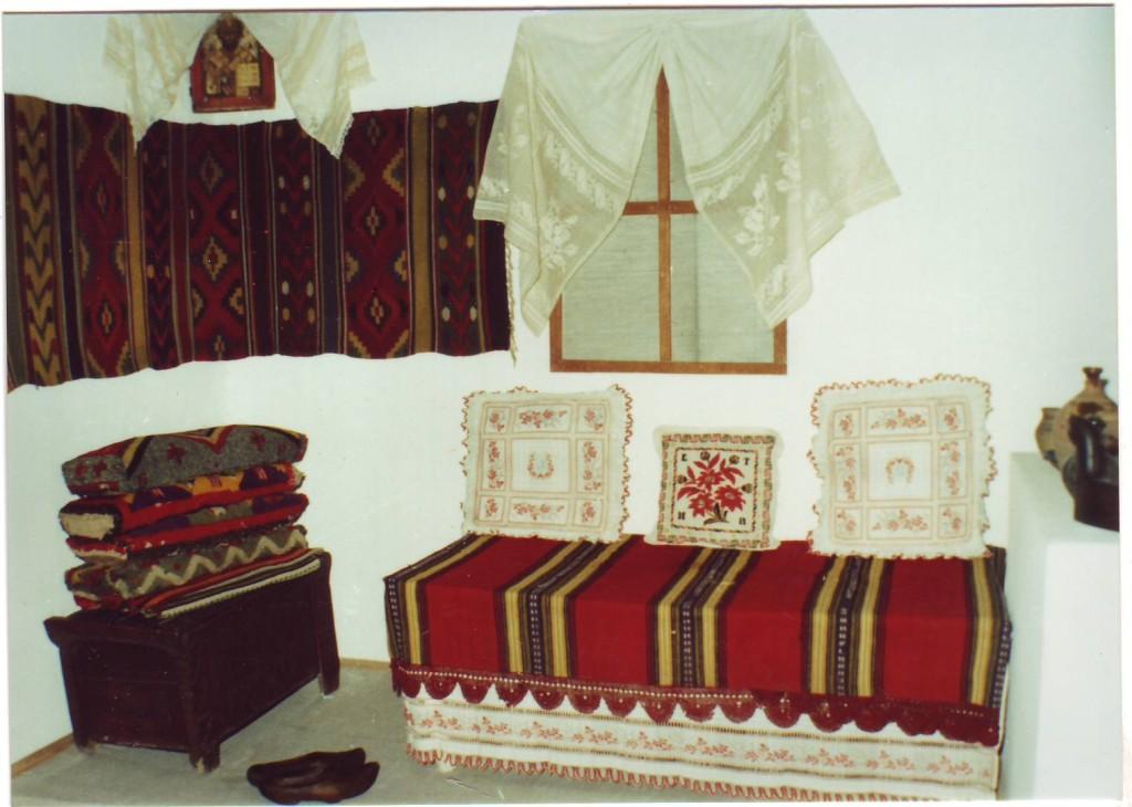 Muzeul-Brailei.-Sectia-de-Etnografie-si-Arta-Populara-2