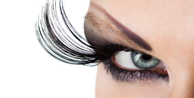 Obiceiuri de înfrumuseţare care pot deveni toxice
