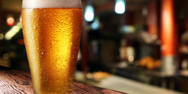 Consumul moderat de bere poate reduce riscul apariției bolilor de inimă