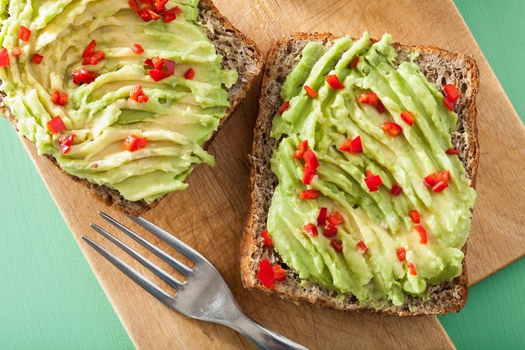 paine-cu-avocado-zdrobit_61693035