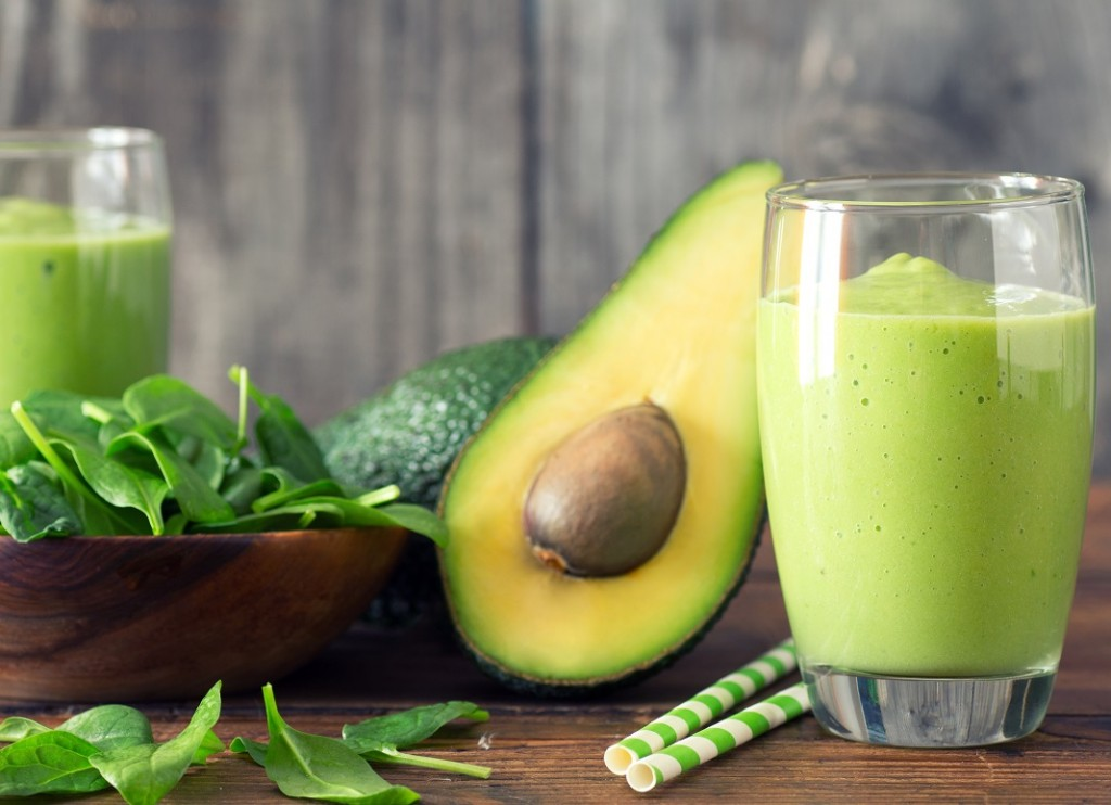 smoothie-cu-avocado_67406327