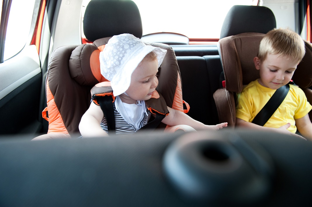 copii-in-scaun-auto