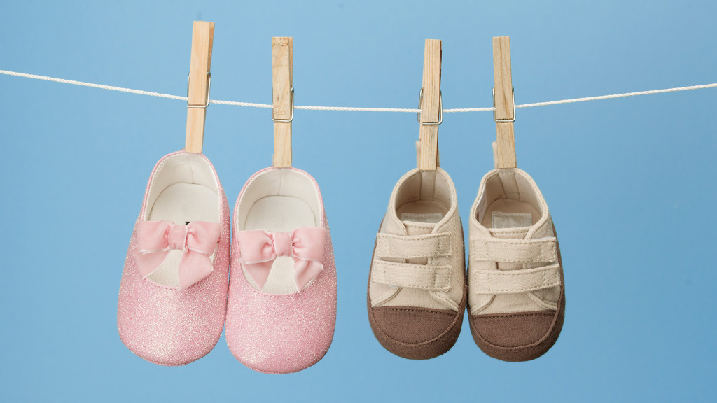 baby-shoes-hanging-on-clothes-line