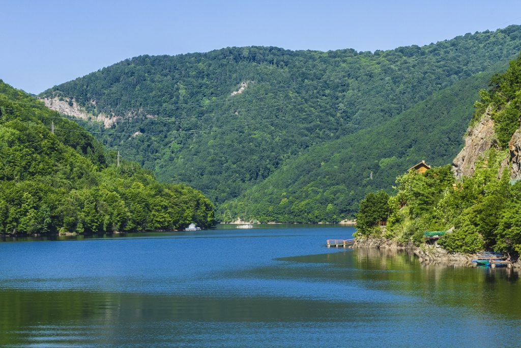 lacul-tarnita_41455960