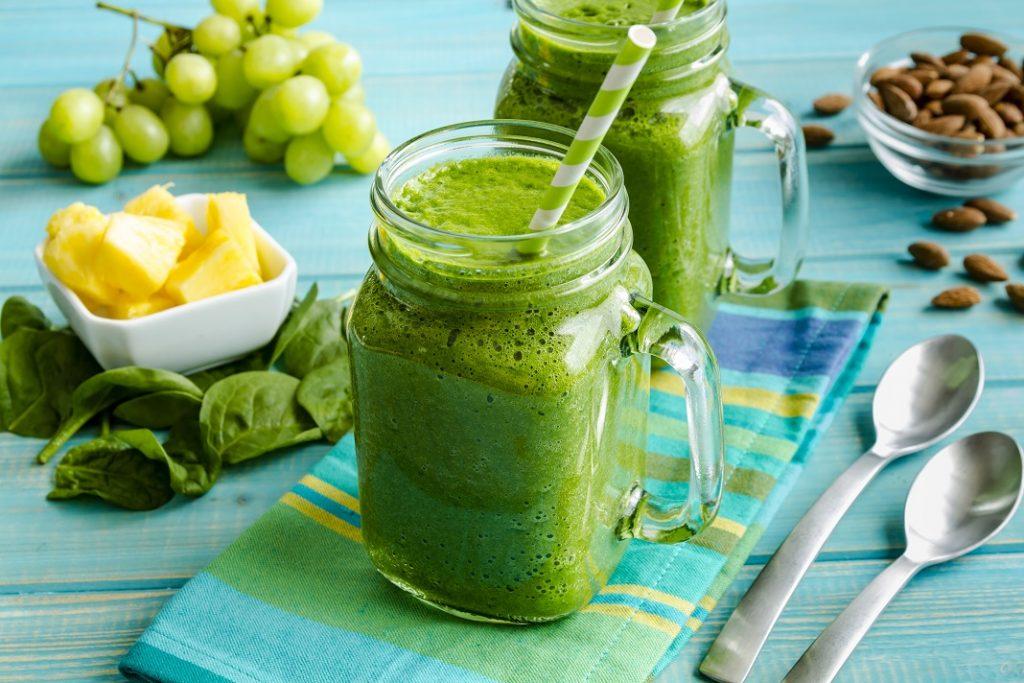 smoothie-verde-de-toamna_67124073