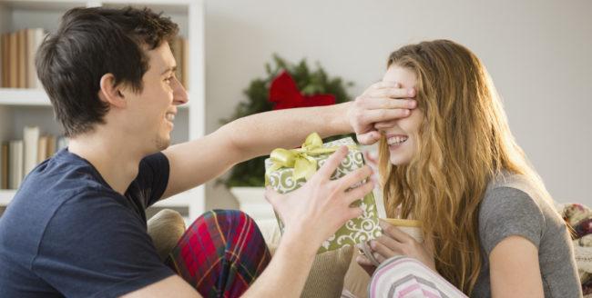 18 Idei de cadouri perfecte pentru soția ta