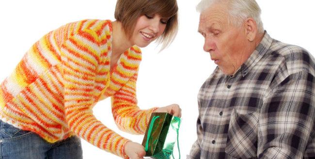 17 idei de cadouri pentru bunicii tăi