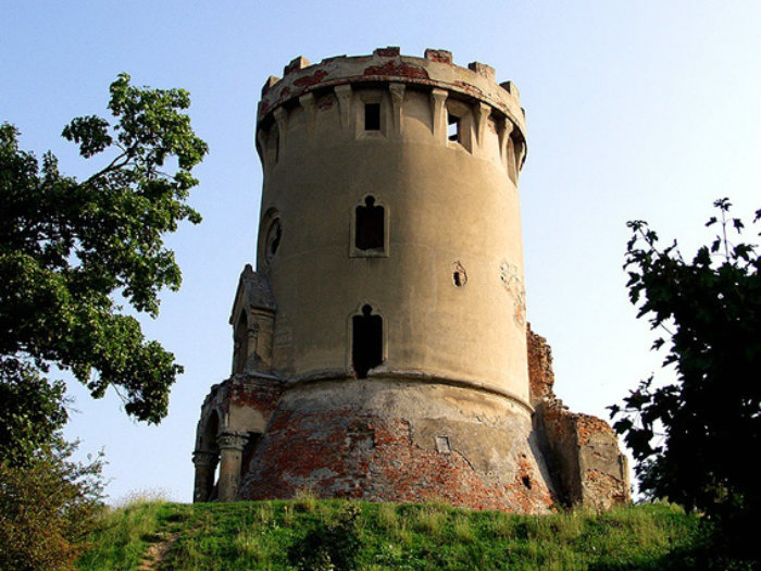 cetatea medievala din Ardud