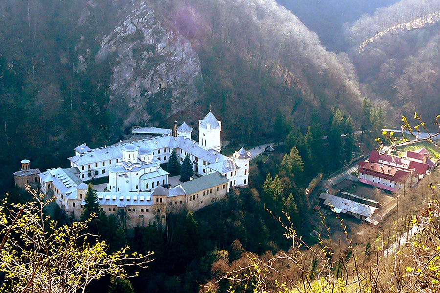 manastirea-tismana