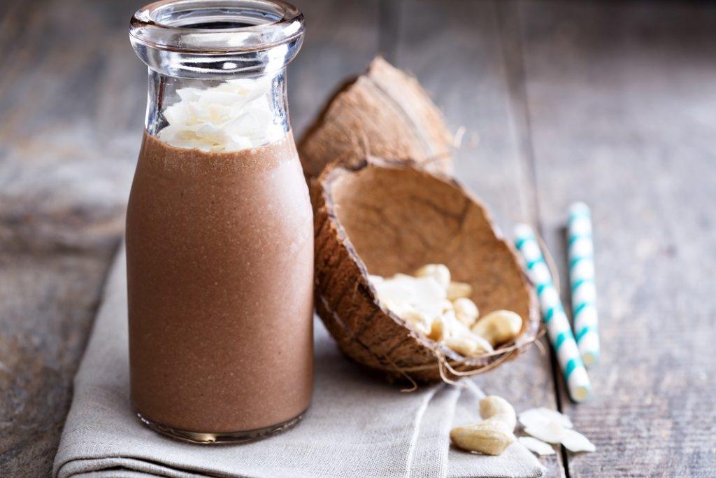 smoothie-cu-cafea-si-cocos_58683163
