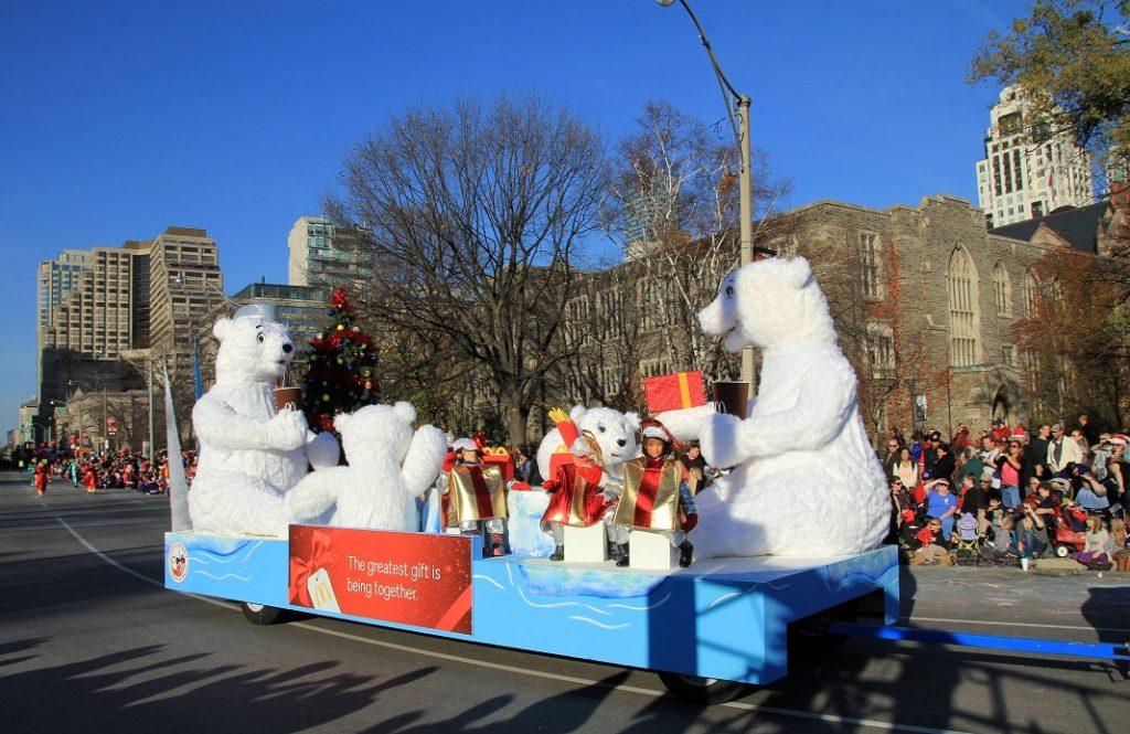 christmas-parade-toronto_62424996