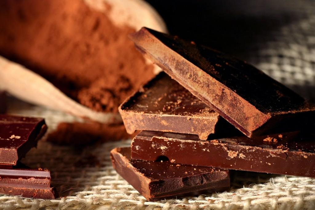 ciocolata-neagra-cacao_36439547