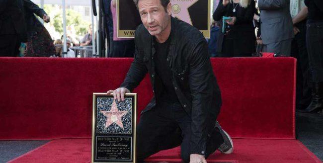 David Duchovny a primit o stea pe Bulevardul Hollywood