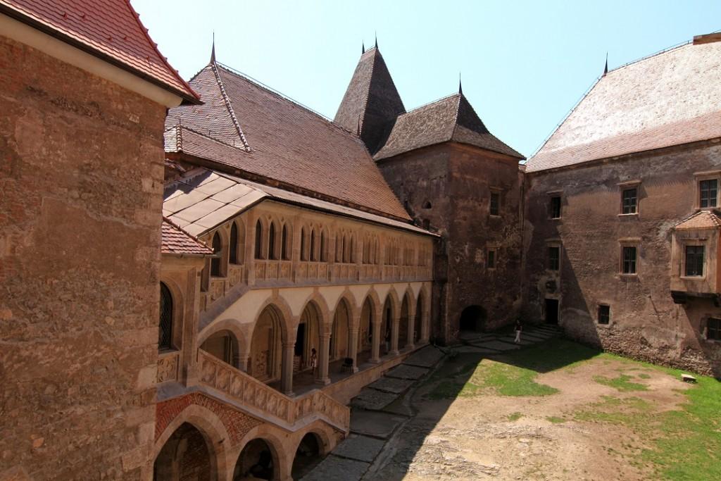 castelul-huniade_15213300