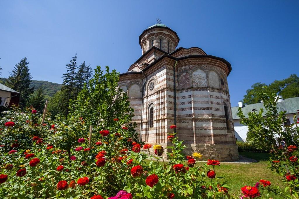 manastirea-cozia_55841039