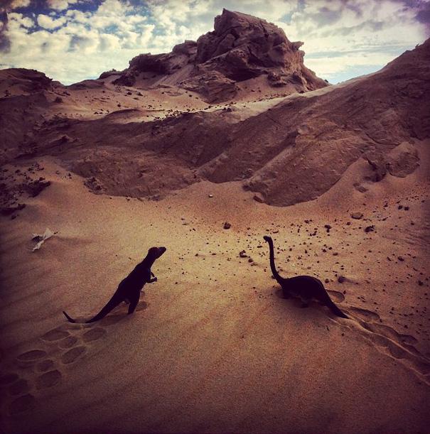 travel-photography-dinosaur-toys-dinodinaseries-jorge-saenz-1652