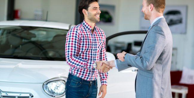 [STUDIU] Peste jumătate dintre români vor să își cumpere o mașină nouă