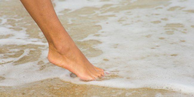 Cum ne pregătim picioarele pentru sezonul cald