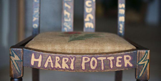 Scaunul în care J.K. Rowling a scris Harry Potter a fost vândut la licitație