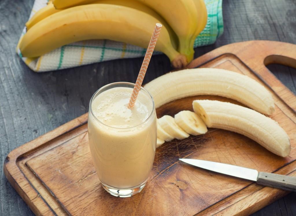 smoothie-cu-banane_52676836