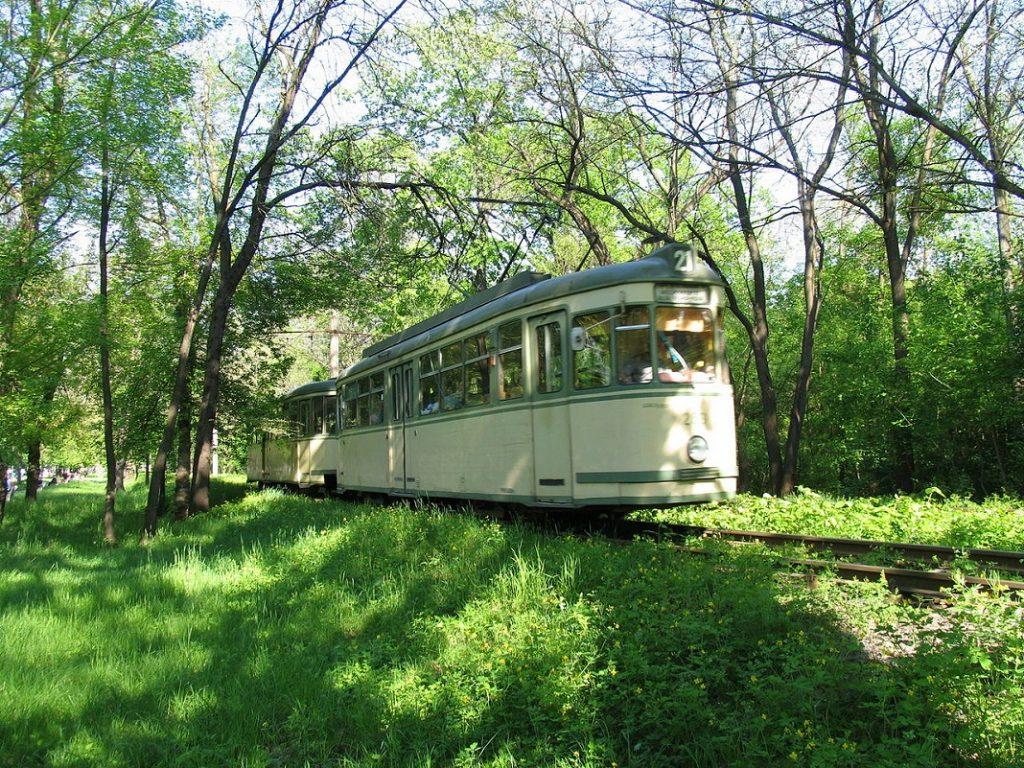 tramvai-parcul-monument-braila_2
