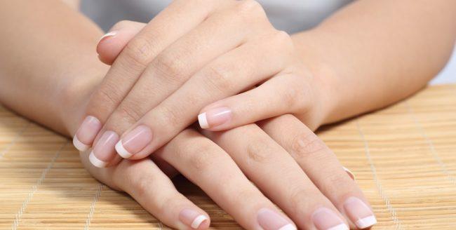 Tratamente naturiste ușoare, pentru unghii