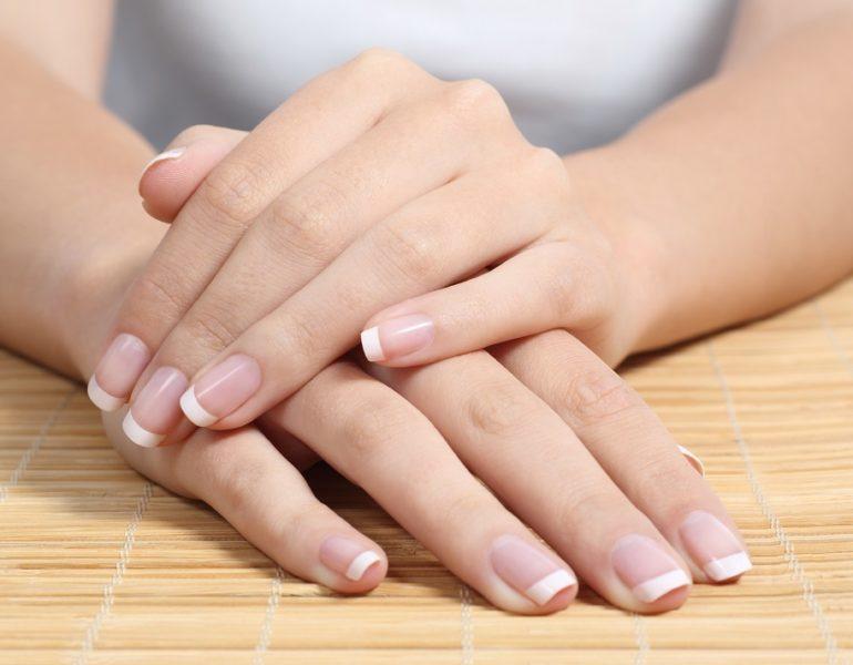 Ulei de masline pentru unghii