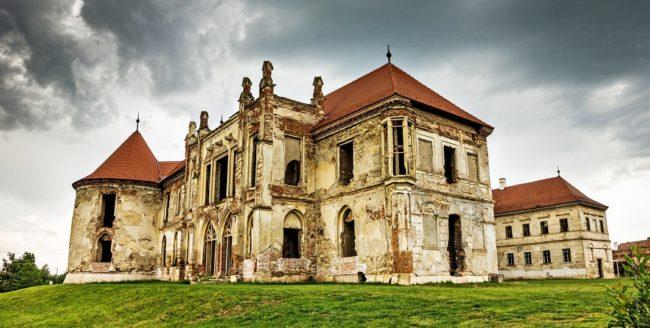Clujul și legendele sale: spiritele castelului Banffy din Bonțida