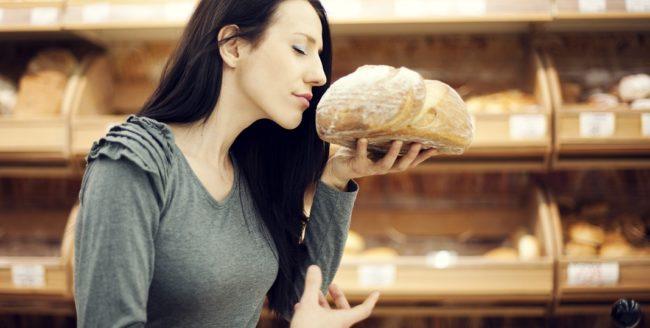 Pâinea românească, cea mai ieftină din Europa