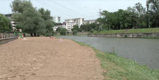A fost reamenajată plaja de pe malul Someșului, din cartierul Grigorescu