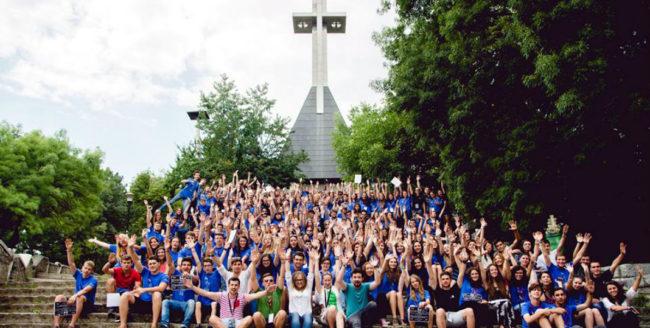 250 de elevi de liceu participă la Junior Summer University 2016