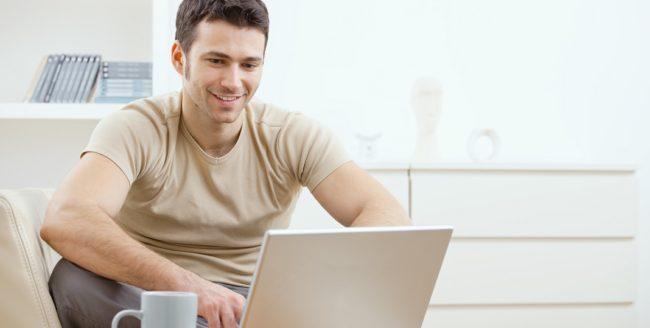[Studiu] Majoritatea românilor din mediul urban folosesc internetul