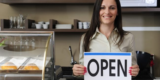 Românii din diaspora ar putea primi granturi pentru deschiderea unei afaceri