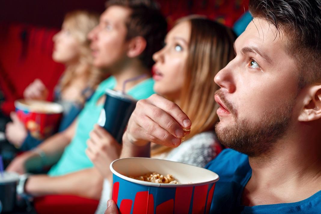 oameni-la-cinema