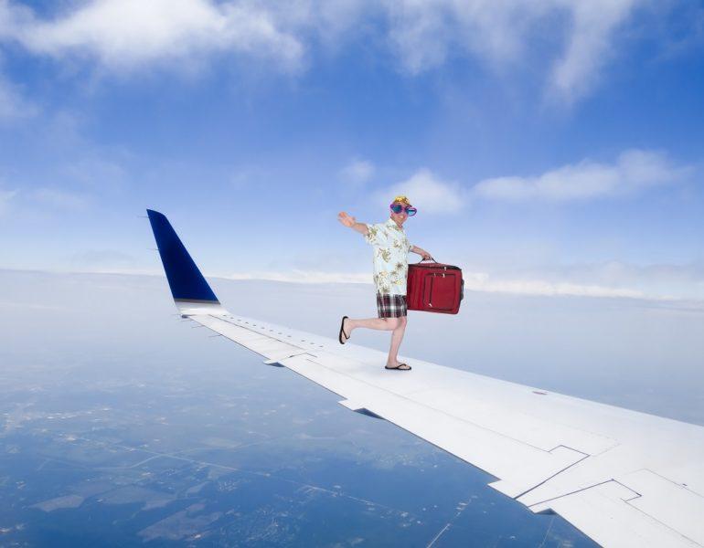 zbor-cu-avionul