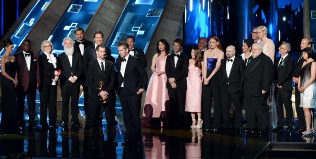 """Serialul """"Urzeala Tronurilor"""" a intrat în istoria premiilor Emmy"""