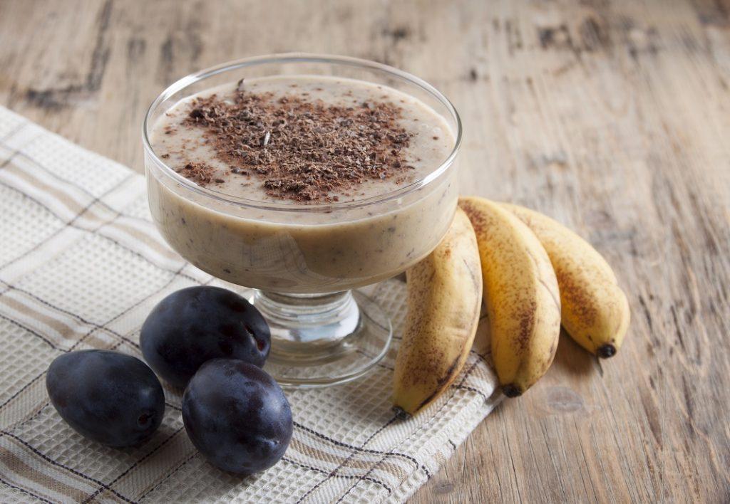 smoothie-cu-prune-si-bananel_60674409
