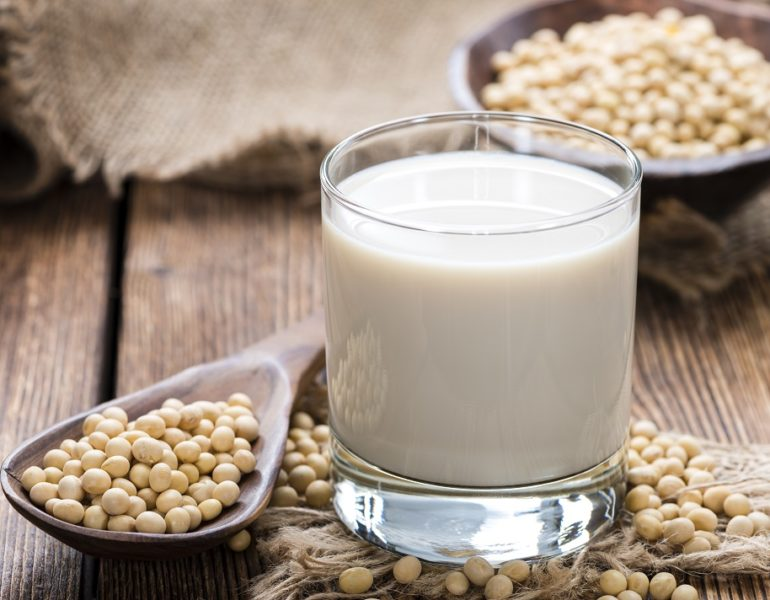 Laptele vegetal - de cate tipuri este si ce beneficii are asupra organismului