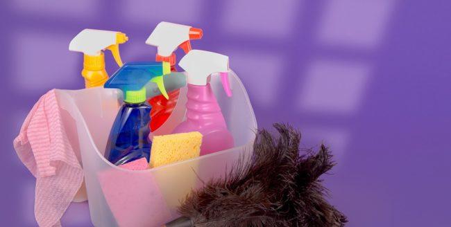 2 soluții de curățare făcute în casă, mai eficiente decât cele comerciale