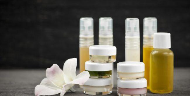 De ce să ții cont de ambalajele produselor cosmetice